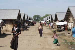 An overpopulated IDP camp outside Sittwe. Tens of thousands of Rohingya who fled their homes in June 2012 now reside in such camps. The government constructed semi-permanent shelters in some camps, raising concerns about the government's willingness to respect the rights of the displaced persons to return home. © 2012 Human Rights Watch