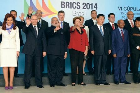 В Бразилию на саммит БРИКС съехались руководители всех стран Южной и Латинской Америки — стран, большинство которых принято считать чуть ли не вассалами США Фото: ИТАР-ТАСС