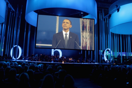 President Barack Obama makes a speech during the Nobel Peace Prize Concert at Oslo Spektrum on December 11, 2009 in Oslo, Norway. Photo: Sandy Young/Getty Images