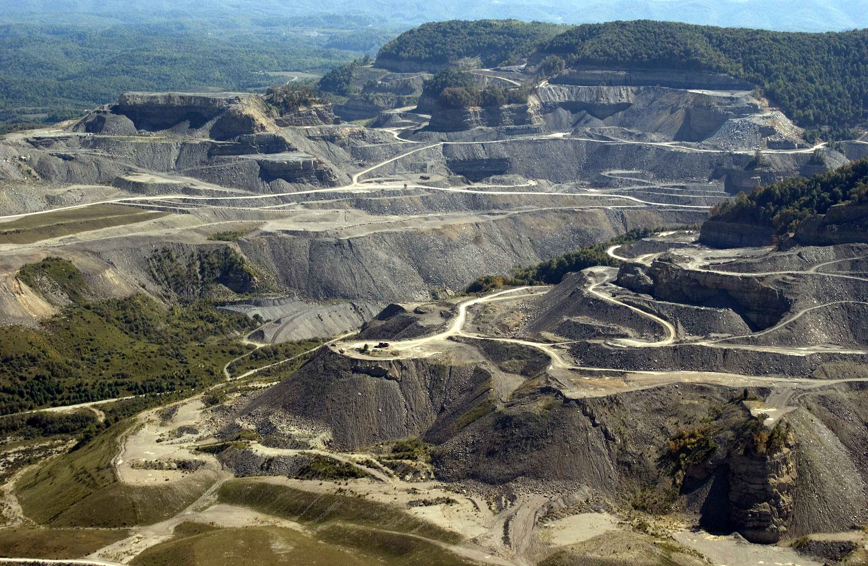 mountaintop removal How mountaintop mining affects life and landscape in west virginia  mountain top removal coal mining in west virginia  that means boosting so-called mountaintop mining but even as many in.