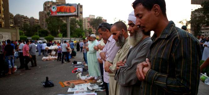 Supporters of Mohamed Morsi rally in Cairo, June 28, 2013 (Gregg Carlstrom / Flickr)