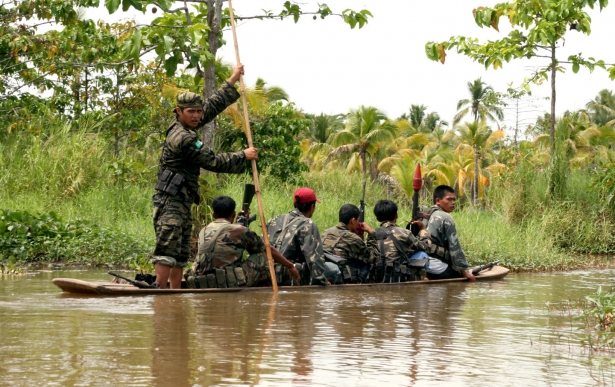 Moro Islamic Liberation Front fighters in 2008 (Photo: Keith Bacongco / Flickr)