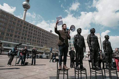 Davide Dormino sculptures assange manning snowden5