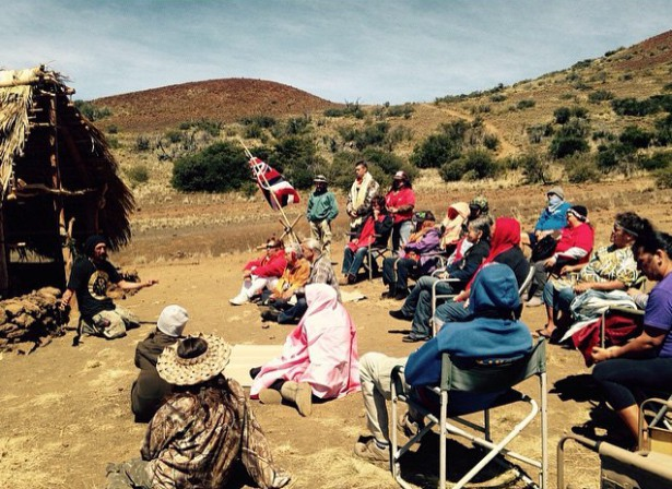 A morning gathering at the encampment on April 22 to share life experience and knowledge. (Facebook / Protect Mauna Kea)