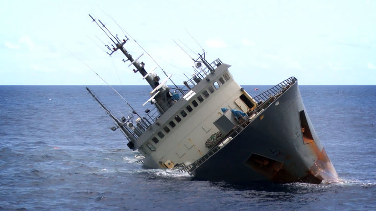 ocean renegade trawler sea shepherd illegal fishing11