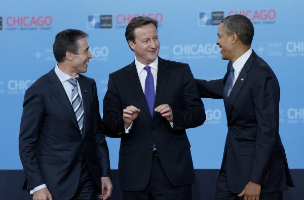 File photo: U.S. President Barack Obama (R) and NATO Secretary-General Anders Fogh Rasmussen (L) with British Prime Minister David Cameron at a NATO Summit [Xinhua]