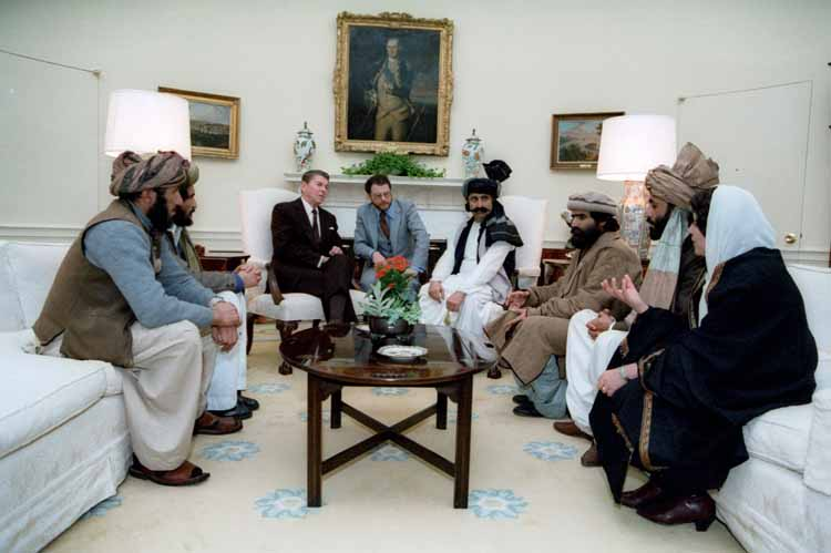 Ronald Reagan meets Afghan Mujahideen Commanders at the White House in 1985 (Reagan Archives)