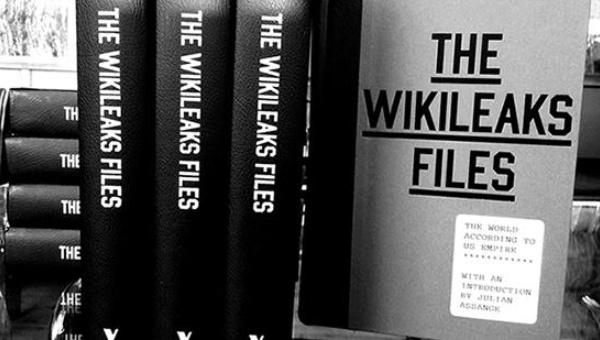 "John Pilger's book, ""The WikiLeaks Files"" | Photo: Verso"