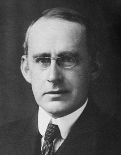 Arthur Eddington provided one of the first major pieces of evidence proving the theory of general relativity.