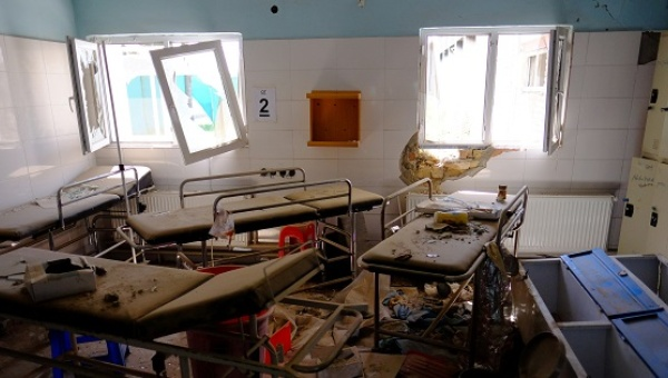 Hospital beds lay in the Doctors Without Borders hospital in Kunduz, Afghanistan, April 26, 2016, about six months after an American airstrike killed dozens of patients. | Photo: Reuters