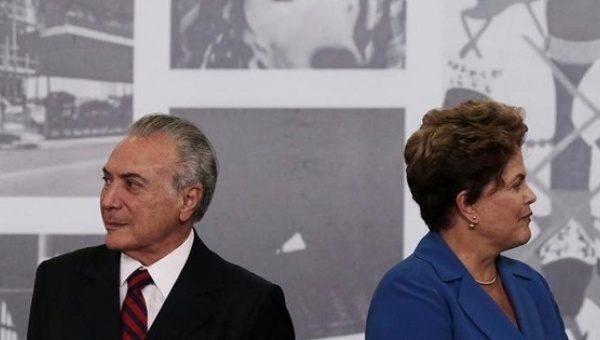 Dilma Rousseff seen next to Michel Temer during the Order of Cultural Merit ceremony at the Planalto Palace in Brasilia November 5, 2014. | Photo: Reuters