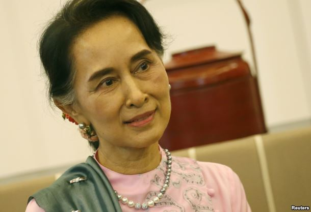 FILE - Myanmar Foreign Minister and State Counselor Aung San Suu Kyi is pictured in a Bangkok airport in June 2016.