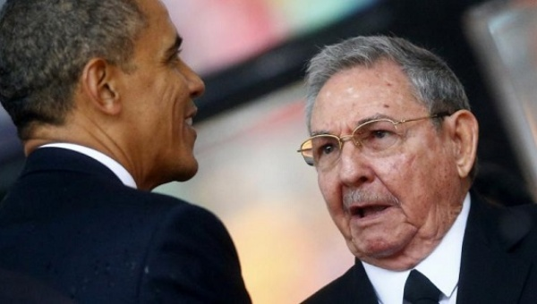 Barack Obama and Raul Castro | Photo: Reuters