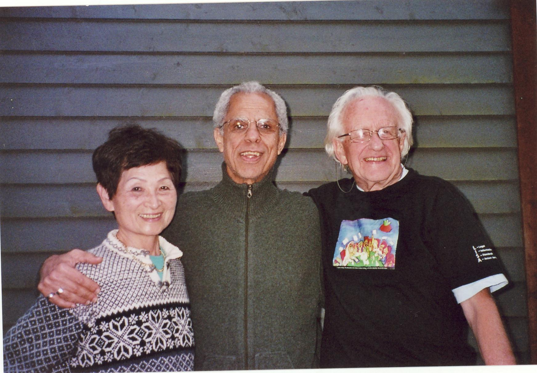 Figure 2: Mrs. Fumiko Galtung, TMS editor Antonio C.S. Rosa, and Johan Galtung in Norway, 2007